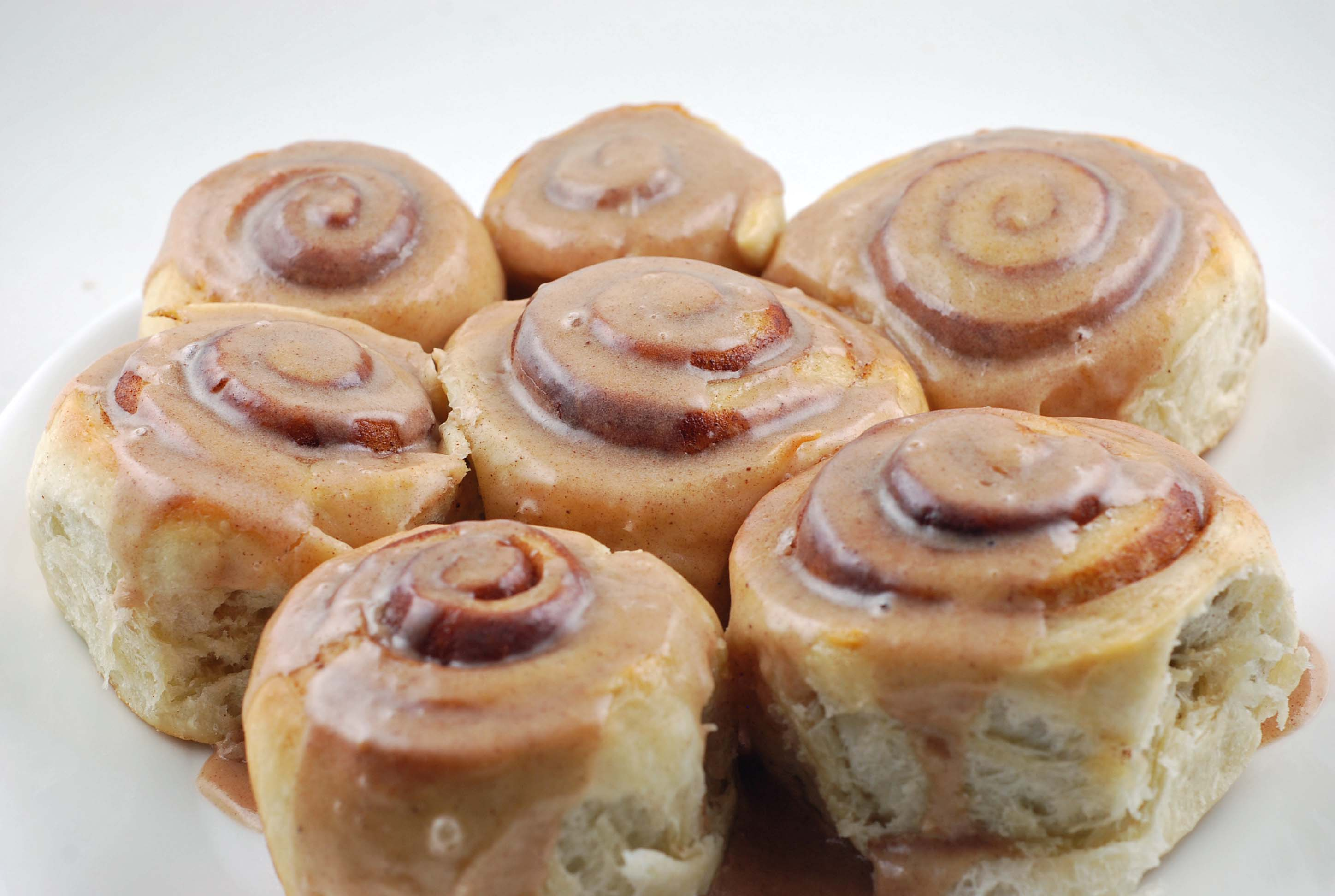 Now or Later Cinnamon Buns | Blissfully Delicious
