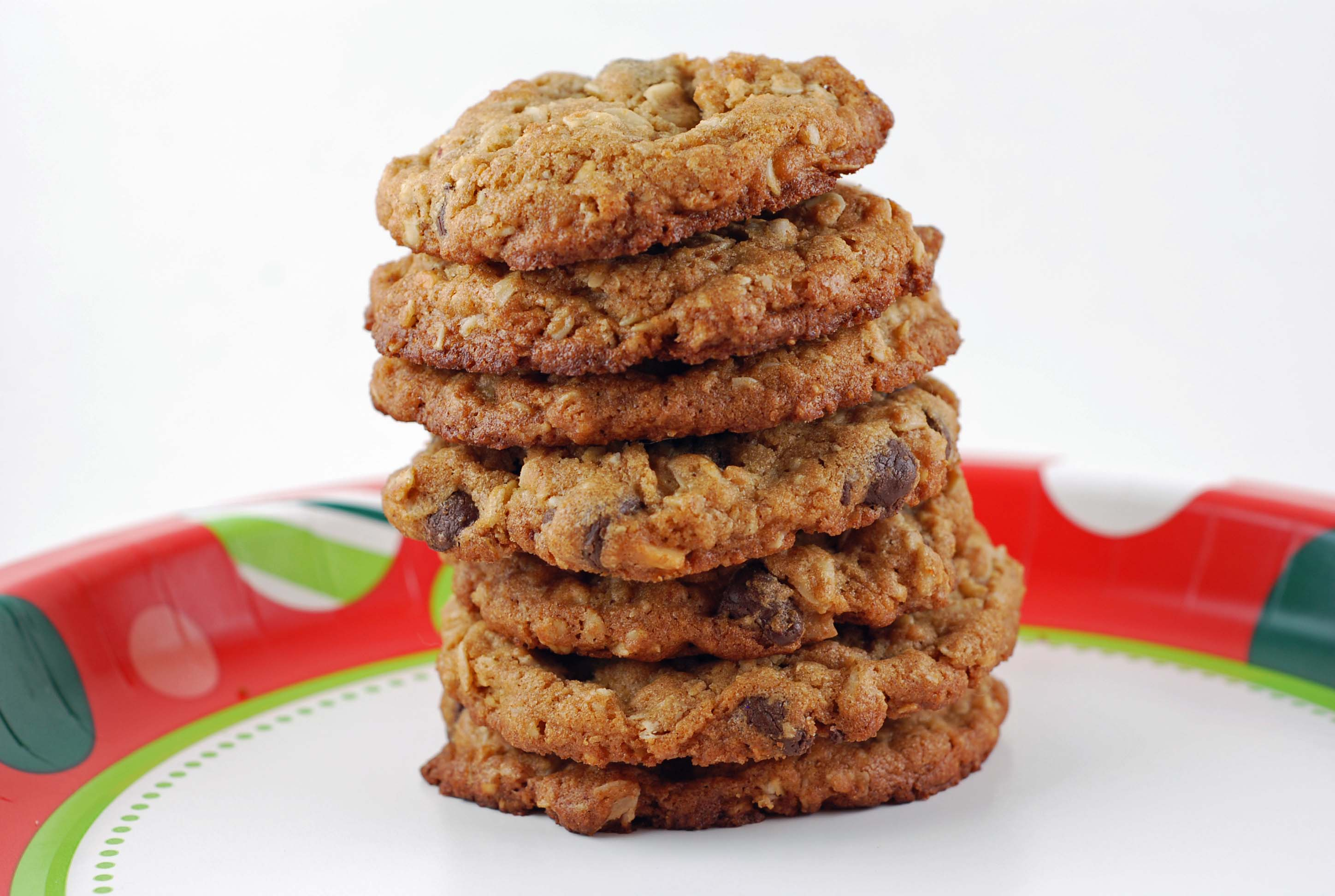 Chunky Peanut Butter and Oatmeal Chocolate Chipsters | Blissfully ...