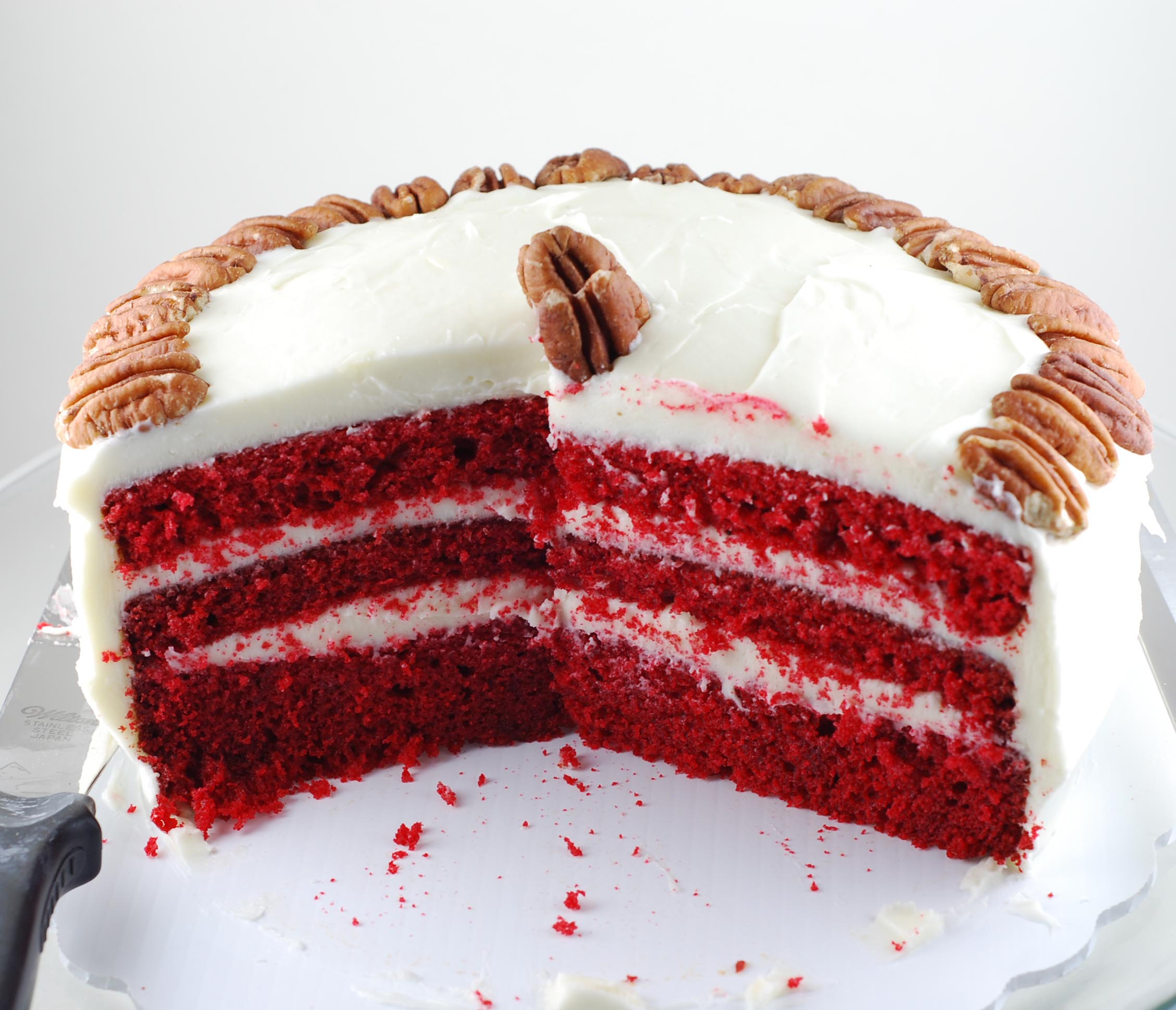 Images Of Red Cake : Red Velvet Cake Blissfully Delicious